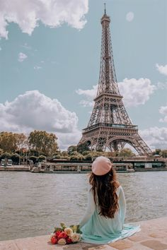 12 Best Photo Spots in Paris For Epic Instagram Shots - Quais de Seine #travel i spy for kids, #travel for teens, travel diary music, travel x-ray jobs, 2018 travel trailer, air travel sites, travel umbrella target, travel trailer covers, travel atomizer leakproof, republican reaction to travel ban, travel cribbage board folding, travel case for electronics, smg4 time travel edition, travel games for kids in airplane age 8. Paris Pictures, Paris Photos, Travel Pictures, Travel Photos, Paris Images, France Photos, Europe Photos, Paris Torre Eiffel, Tour Eiffel