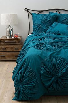 Lanna Duvet (so shameful to actually want anything from anthropologie but finding bedding I like is hard!)