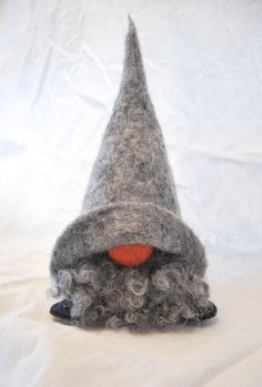 Excited to share the latest addition to my shop: Buffalo Plaid JUNIOR size Christmas Gnome 2017 - Nordic Gnome Scandinavian Tomte or Nisse - Holiday Deco Christmas Makes, Felt Christmas, Christmas Ornaments, Felt Crafts, Holiday Crafts, Diy And Crafts, Scandinavian Gnomes, Scandinavian Christmas, Christmas Knomes