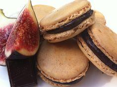 fig and dark chocolate macarons