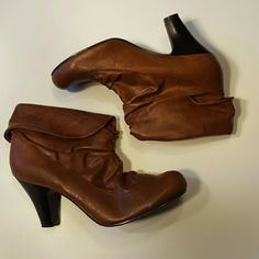 """Madden Girl Vegan Leather Ankle Boots size 9.5 Madden Girl Brown Vegan Leather Ankle Boots size 9.5 in excellent used condition. The heel is 3"""".  Please let me know if you have questions. Happy Poshing!!! Madden Girl Shoes Heeled Boots"""