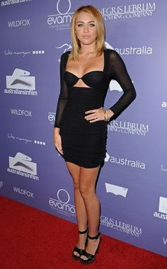 Miley Cyrus || love the dress