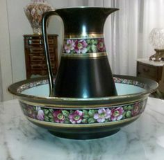 LARGE STUNNING Vintage Antique Pitcher & Wash Bowl Basin