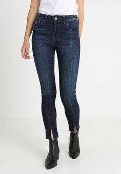 Jeans eller sort smal bukse 'Cordoba' med søm og splitt foran Lois Jeans - codoba split 2303 momo khol mist 5708 L34 Lois Jeans, Jeans Skinny, Pants, Dark, Stone, Fashion, Environment, Cordoba, Being Skinny