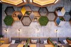 Showpieces For Home Decoration Restaurant Booth Seating, Decoration Restaurant, Deco Restaurant, Cafe Seating, Coffee Shop Design, Cafe Design, Design Design, Restaurant Interior Design, Modern Interior Design