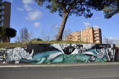 10/01/2016 Roma. La Street Art arriva al Labaro con il progetto 'Oltre il muro' della associazione Rosa dei Venti e il coinvolgimento dei Poeti Anonimi del Trullo. I murali sono sui due lati di via...
