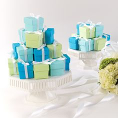 Two-Piece Colorful Wedding Favor Boxes | #exclusivelyweddings | #turquoisewedding