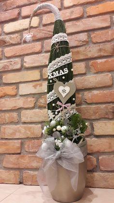 Grinch Trees, Felt Tree, Xmas, Christmas Tree, Diy Planters, Ladder Decor, Advent, Christmas Decorations, Crafts