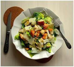 Caesar salát  www.naskokvkuchyni.cz Kung Pao Chicken, Potato Salad, Potatoes, Ethnic Recipes, Food, Potato, Essen, Meals, Yemek
