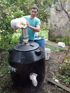 Desarrollar un reactor para residuos orgánicos e inorgánicos.