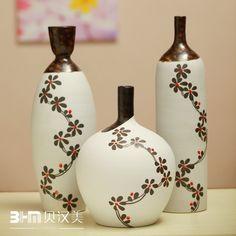 Handmade-font-b-pottery-b-font-piece-set-decoration-crafts-modern-font-b-vase-b-font 35 Designs Of Ceramic Vases For Your Home Decoration Painted Glass Bottles, Glass Bottle Crafts, Wine Bottle Art, Diy Bottle, Vase Crafts, Decor Crafts, Ceramic Painting, Ceramic Art, Pottery Painting Designs
