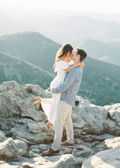 Inspired By This Relaxed Engagement Shoot in the Colorado Mountains Engagement Outfits, Engagement Couple, Engagement Pictures, Engagement Shoots, Film Inspiration, Engagement Photo Inspiration, Film Photography, Engagement Photography, Colorado Mountains
