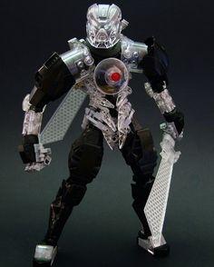 "232 Likes, 17 Comments - Djokson (@djokbuilt) on Instagram: ""Toa of Earth. Diamond is unbreakable. #lego #bionicle #legomoc #bioniclemoc #toy"""