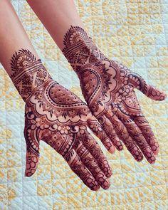 Bridal Mehndi or Henna Designs for Full Hands Floral Henna Designs, Latest Bridal Mehndi Designs, Full Hand Mehndi Designs, Modern Mehndi Designs, Mehndi Design Photos, Rajasthani Mehndi Designs, Dulhan Mehndi Designs, Henna Mehndi, Mehendi