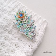 Hey, I found this really awesome Etsy listing at https://www.etsy.com/listing/502689733/feather-brooch-polymer-clay-feather