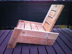 modern/vintage reclaimed wood deck chair by BetoGonzalezWOOD