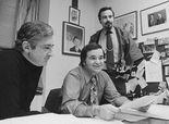 Former 'Mad' magazine editor Al Feldstein dies at 88.