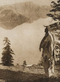 expansive photo record of Native American life in the early Native American Photos, Native American Tribes, Native American History, American Indians, American Life, Edward Curtis, Photo Record, Les Continents, Native Indian