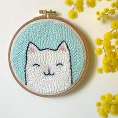 Petit  dispo sur ma boutique  #punchneedleembroidery #punchneedleart #oxfordpunchneedle #faitmain #handmade #frenchtextileart #distribdeloveteamcreatrices #diy #doityourself #homedecor #kidsroom #decoration #deco #etsy #etsyseller #etsyshop #animals #cat #catsofinstagram #cutecat #flowers