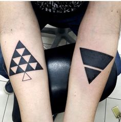 Geometric tattoo | b&w | arms