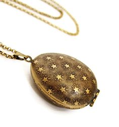 Stars Locket Necklace  Egg Shaped Locket with by HeartworksByLori, $36.00