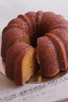 Noble Banana Bundt Cake — Vanessa Musi