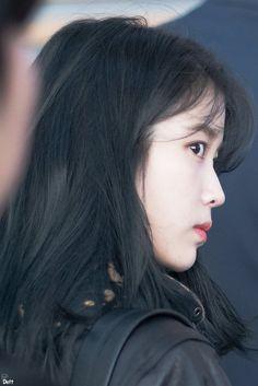 IU 191129 Incheon Airport to Taipei Meme Faces, Funny Faces, Korean Age, Real Life Princesses, Cute Poses, Korean Artist, Cute Gif, These Girls, Korean Singer