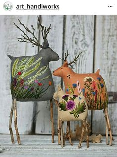 These sweet reindeer feature twigs for antlers and some truly lovely embroidery on their bodies. This is the work of embroidery artist Екатерины Гепты (Catherine Hepta). Fabric Art, Fabric Crafts, Sewing Crafts, Sewing Projects, Sewing Toys, Fabric Dolls, Felt Crafts, Christmas Crafts, Christmas Ornaments