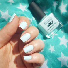 Sky is the perfect sky blue, light and pastel.   Picture by Jasmin - Chocolate.brownie --> https://www.instagram.com/p/BRssdOjg_ic/