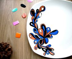 Assiette dessert GRAPHIK 3 by Matagada on Etsy, €15.00  Love this one as well.