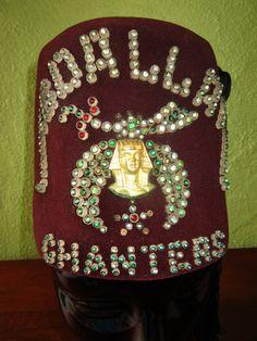 Shriners Fez Hat Abdallah Chanters Egyptian Free Mason Kansas City Scimitar  Brooch by FabulousVintageHats on Etsy 2abdac13616c