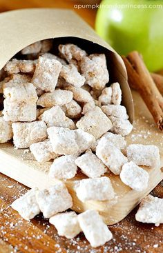 These Apple Pie Muddy Buddies are dangerously addictive!