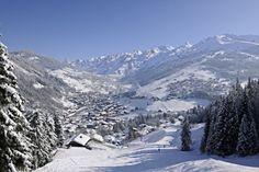 Ski La Clusaz | La Clusaz Ski Resort | Information & Guides | PowderBeds
