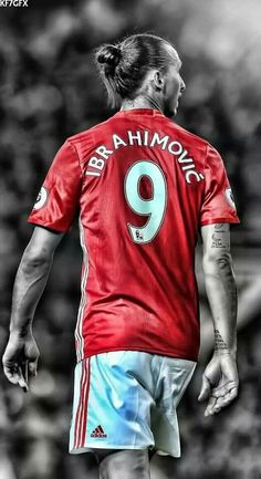 Zlatan talking? Would you like to play for Manchester u from imbrahimovic