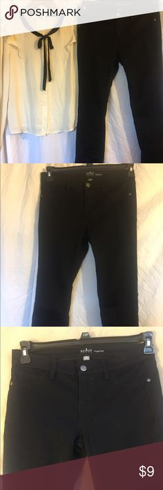 New York & Co Black leggings jeans size 4 Great style! Soho jeans. Very comfortable fit since its stretchy. Skinny fit. Brand: New York & Co. Good condition 😊 New York & Company Jeans Skinny