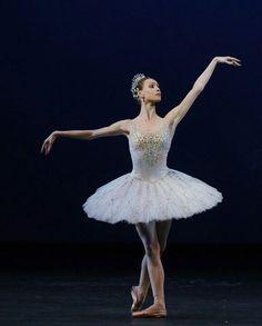 Olga Smirnova  the better bailarina in the World