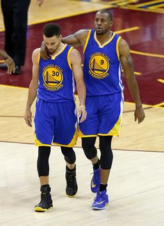 save off fe317 eacc9 Golden State Warriors  Stephen Curry (30) and Golden State Warriors  Andre  Iguodala