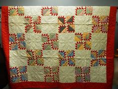 VINTAGE HAND STITCHED Flowers & Triangles Quilt - shopgoodwill.com