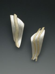Betty Helen Longhi Earrings another lady who is willing to share her wealth of information