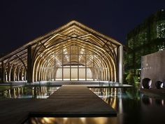 Vaulted retreat hall uses two different types of bamboo