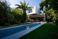 Rectangular pool with small terrace