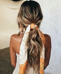 The Sleep Styler® is a brand new way to dry and style your hair while you sleep! Curl your hair without any heat! Scarf Hairstyles, Pretty Hairstyles, Braided Hairstyles, Hairstyle Ideas, Summer Hairstyles, Model Hairstyles, Casual Hairstyles, Wedding Hairstyles, Latest Hairstyles