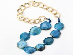 Blue Color Burst Pattern Crystallized Agate Knotted Necklace With Golden Color Metal Chain ( The Chain Can Be Deducted )