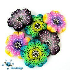 Polka dot flower beads | Flickr - Photo Sharing!