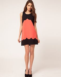 Lispy Scallop Shift Dress
