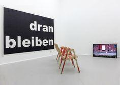 Ein Experimentierfeld für junge Künstler und in Wien bisher nicht gesehene Positionen. Das ist der Anspruch von Koenig2, dem neuen Ausstellungsraum der Galerie Christine König. Cluster, Cinema, Design, Art, Showroom, Guys, Projects, Art Background, Movies