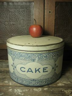 ***JUST LISTED***  Granny's Old Farmhouse Kitchen Blue and Cream Litho CAKE Tin