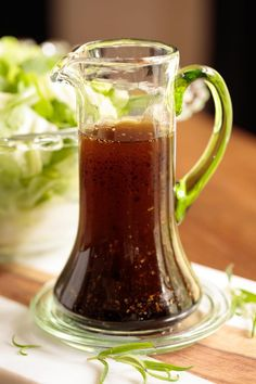 Exactly as the title says, this Rosemary Balsamic Salad Dressing goes with everything. It's delicious drizzled on salads, veggies, entrees, etc! Balsamic Salad, Balsamic Vinegarette, Salad With Balsamic Dressing, Balsalmic Dressing, Best Salad Dressing, Vinaigrette Dressing, Salad Dressing Recipes, Salad Recipes, Balsamic Vinegar Of Modena