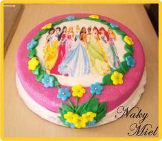 Torta infantil de princesas