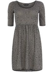 This website has cute dresses, not to pricey either! @Meredith Brooks @Jamie Johnson @Jessica Brooks